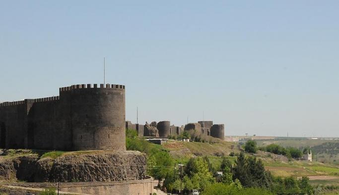 Turizmde 'Altın Elma' ödülü Diyarbakır'ın