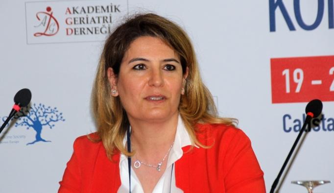 Türkiye'de 4 bin 990 kişi 100 yaşından büyük