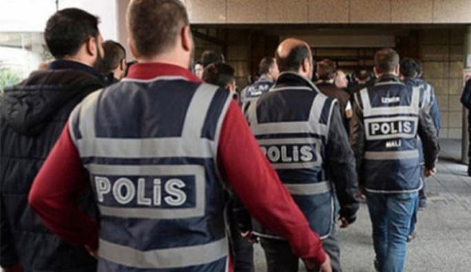 Ankara'da eski bakanlık çalışanlarına FETÖ operasyonu