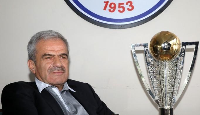 Çaykur Rizespor, İbrahim Üzülmez ile anlaştı