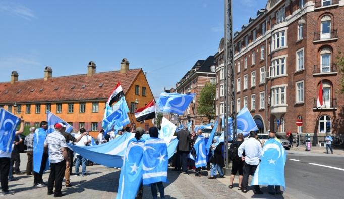 Danimarka'da Türkmenlerden seçim protestosu