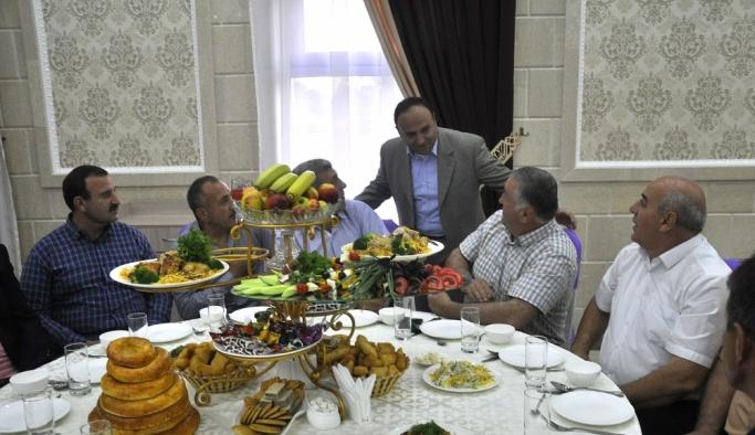 Kırgızistan'daki Ahıska Türkleri iftarda bir araya geldi