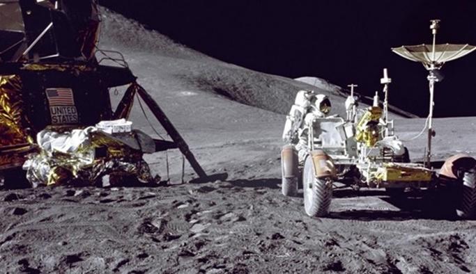 Ay yüzeyinde ne kadar çöp var?
