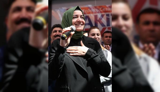 Bakan Kaya, Sultangazi'de seçim irtibat büroları açtı