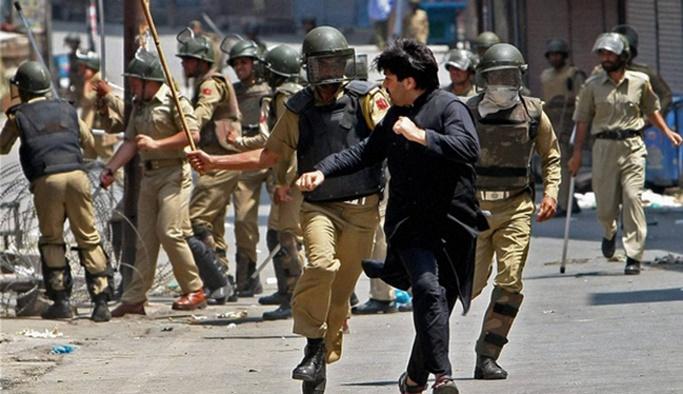 Cammu Keşmir'de bağımsızlık yanlılarına gözaltı