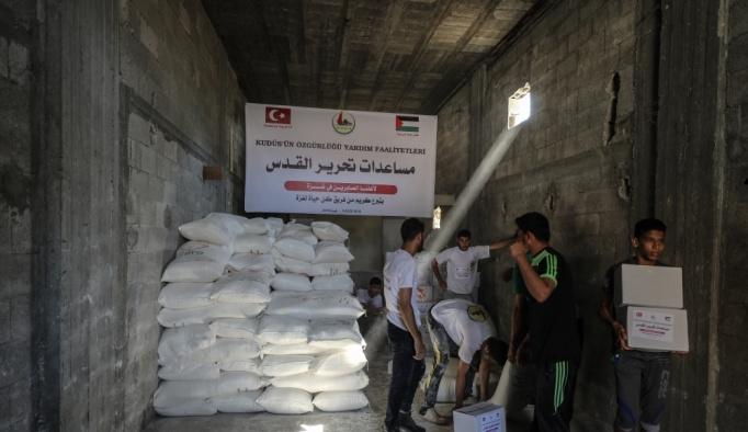 """""""Gazze'ye Hayat Ol"""" platformundan Gazzeli ailelere gıda yardımı"""