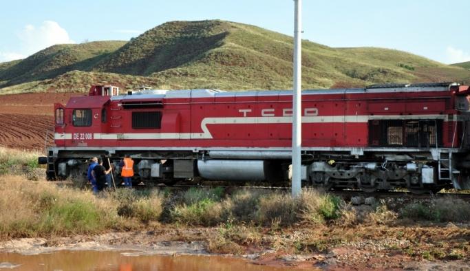 GÜNCELLEME - Kırıkkale'de sel nedeniyle tren seferi aksadı