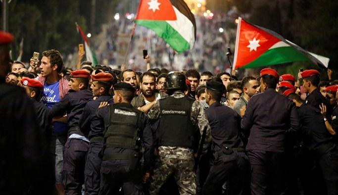 IMF'nin vergi diktesi Ürdün'ü karıştırdı