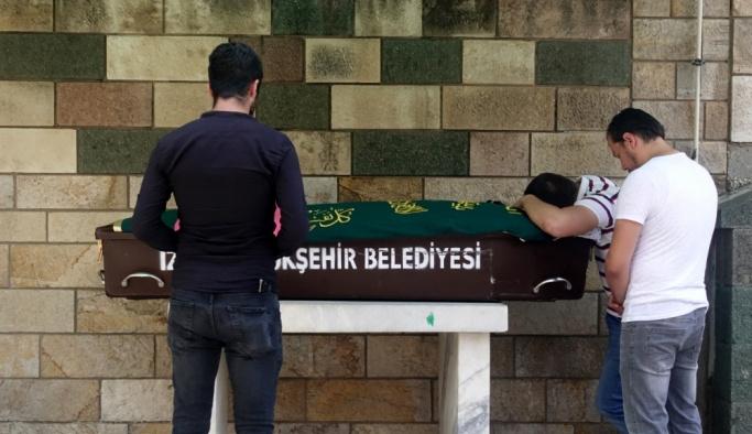 İzmir'de doğum yapan kadın hayatını kaybetti