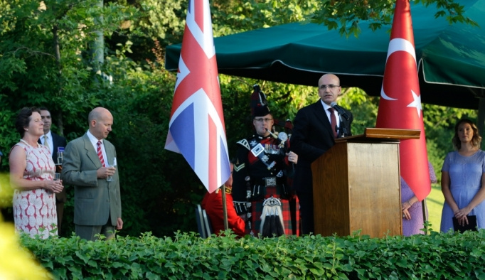 Kraliçe II. Elizabeth'in doğum günü Ankara'da kutlandı