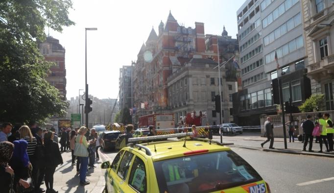 Londra'da otel yangını