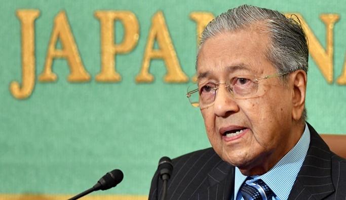 Malezya borçlarını ödemek için Japonya'dan kredi istedi