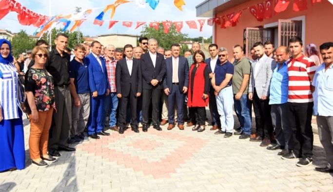 Suruç'ta AK Parti'lilere saldırı