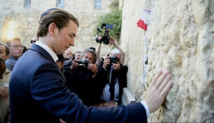 Ülkesinde camileri kapatan Kurz soluğu İsrail'de aldı