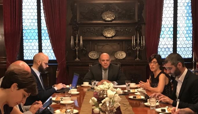 Büyükelçi Esenli, İtalyan gazetecileri FETÖ konusunda bilgilendirdi