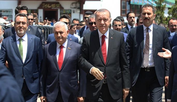 Cumhurbaşkanlığı Kabinesi Hacı Bayram Camii'nde