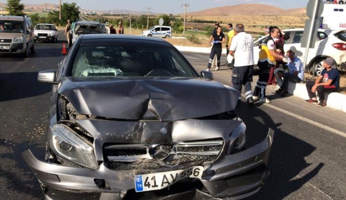 Elazığ'da trafik kazası: 10 yaralı