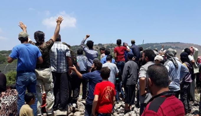 Esed'in saldırılarından kaçan Suriyeliler İsrail sınırına dayandı