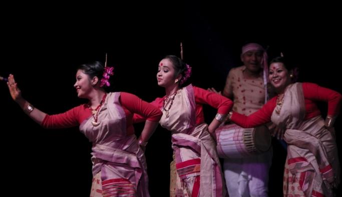 Hindistan'ın Ankara Büyükelçiliğinden Bihu dans resitali