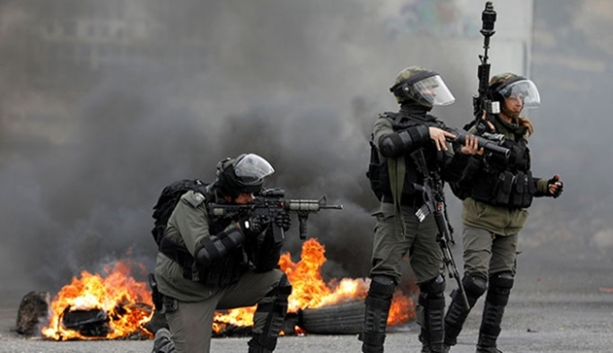 İsrail 'kemiği toza çeviren' kurşunlarla saldırıyor