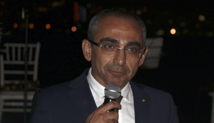 İzmir'de Yargıtaya atanan hukukçulara veda yemeği
