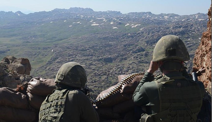 Şırnak'ta 4 terörist teslim oldu