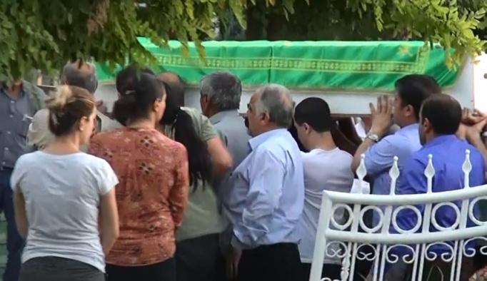 HDP'li vekiller PKK cenazesine katıldı