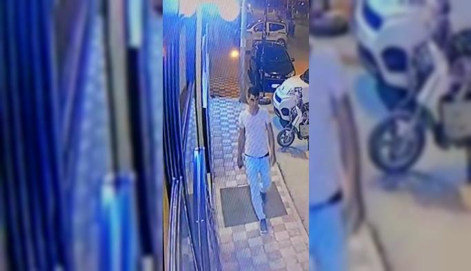 Afyonkarahisar'da kadın çoraplı gaspçı iki saatte yakalandı