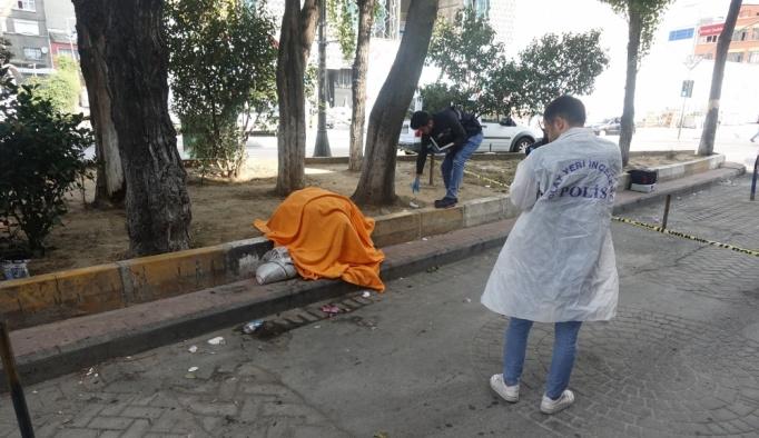 Beyoğlu'nda bir kişi ölü bulundu