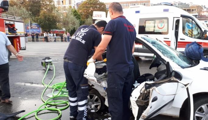 Giresun'da trafik kazası: 2 ölü, 12 yaralı