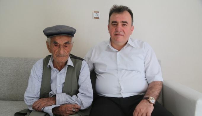 Görevlendirme yapılan belediye yaşlı çifti sevindirdi