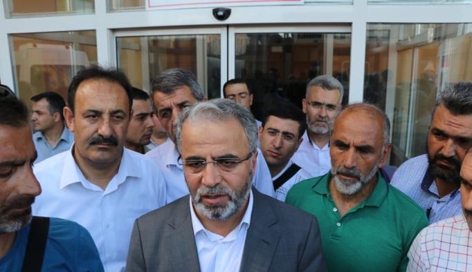 GÜNCELLEME 2 - Erzincan'da kaymakamlıkta silahlı saldırı: 2 ölü, 5 yaralı