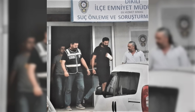 GÜNCELLEME - İzmir'de 23 düzensiz göçmen yakalandı