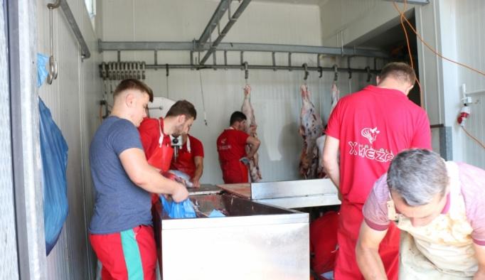 İHH Makedonya'ya kurban eti dağıttı
