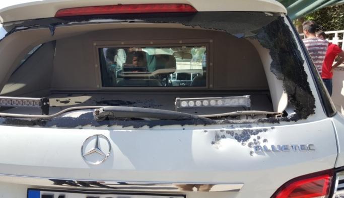 Akçakale Belediye Başkanının aracına silahlı saldırı