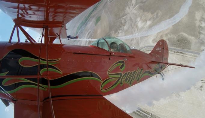 Akrobasi pilotu baba-kız gökyüzünde buluştu