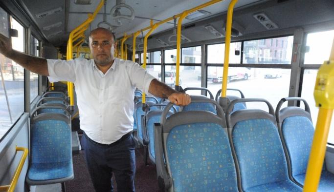 Kalp krizi geçiren yolcuyu otobüsle hastaneye yetiştirdi