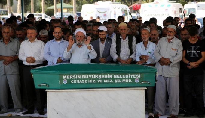 Mersin'de bir evde 5 kişinin ölü bulunması