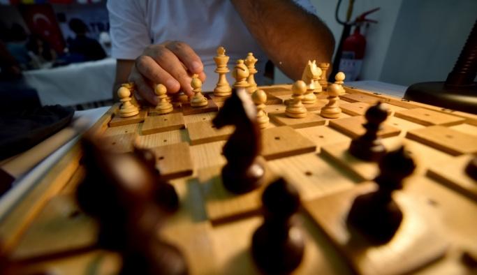 Mersin'de uluslararası satranç turnuvası başladı
