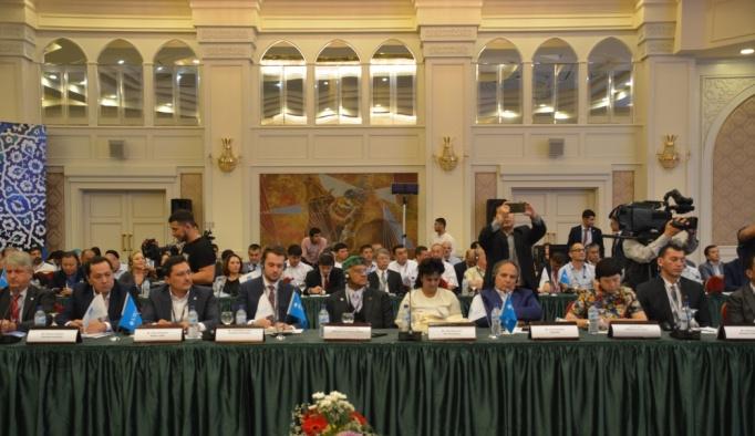 Özbekistan tekstilde hedef büyütüyor