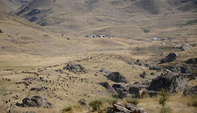 PKK'lı teröristler iki köylüyü katletti