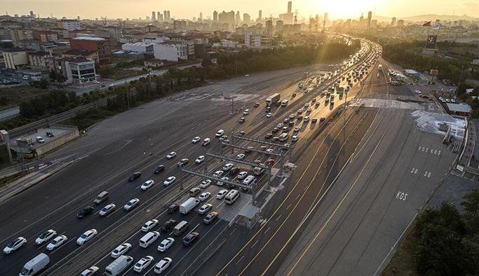 Trafikteki taşıt sayısı 512 bin 814 arttı