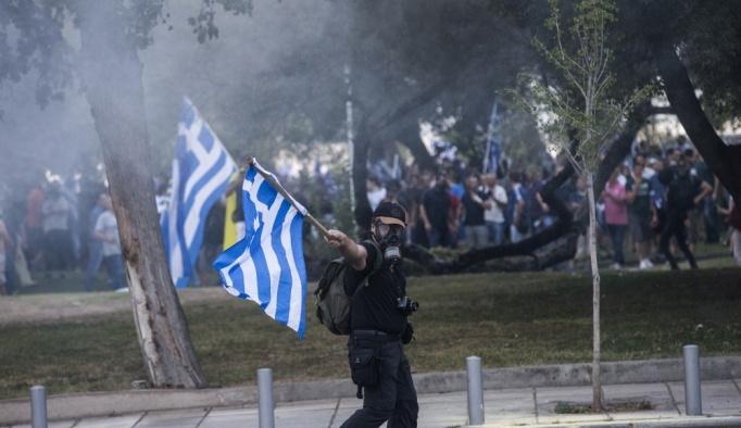 """Yunanistan'da olaylı """"Makedonya"""" gösterisi"""