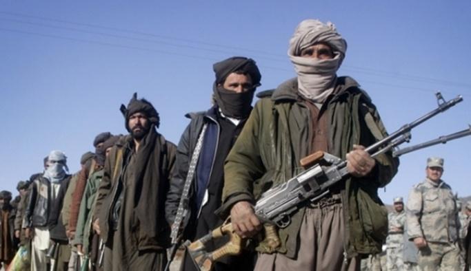 Afganistan'da 'elitler' yarıştı Taliban kazandı