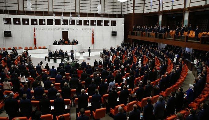 AYM CHP'yi haklı buldu, yasayı iptal etti
