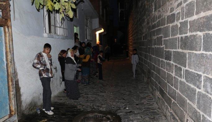 Alipaşa'da iki grup dakikalarca çatıştı, ölü ve yaralılar var