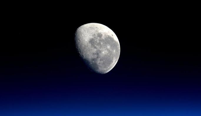 Ay seferleri özel şirketlere devredildi