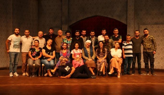 Diyarbakır'da tiyatroya ilgi artıyor