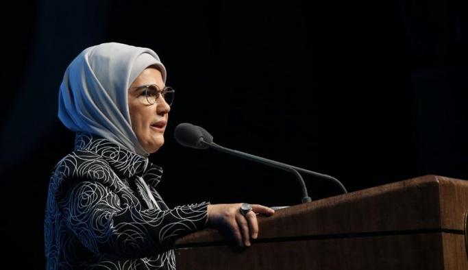 Emine Erdoğan: Şiddetin her türü insanlık suçudur