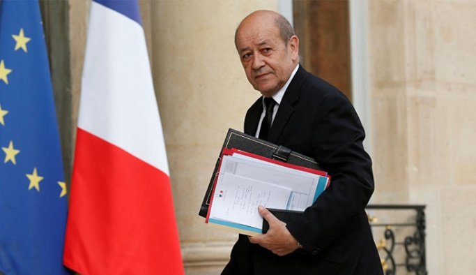 Fransa 'terbiyesizlik'te geri adım attı
